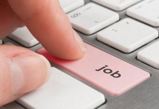Πρόγραμμα κοινωφελούς εργασίας σε 34 Δήμους, θύλακες υψηλής ανεργίας, με 7.180 θέσεις πλήρους 8μηνης απασχόλησης
