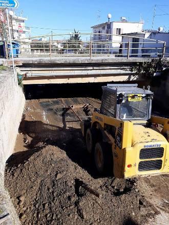 Δήμος Ρήγα Φεραίου: Επισκευές οδοποιίας και καθαρισμοί ρεμάτων σε κοινότητες