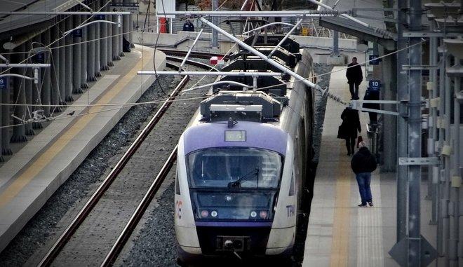 Πρωθυπουργική εξαγγελία επέκτασης του Προαστιακού σιδηροδρόμου από το Κορωπί