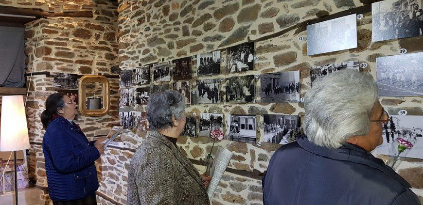 Συγκίνηση και νοσταλγία στα εγκαίνια της έκθεσης φωτογραφίας «Οι αλήθειες της στιγμής» του Αργύρη Βογιατζή