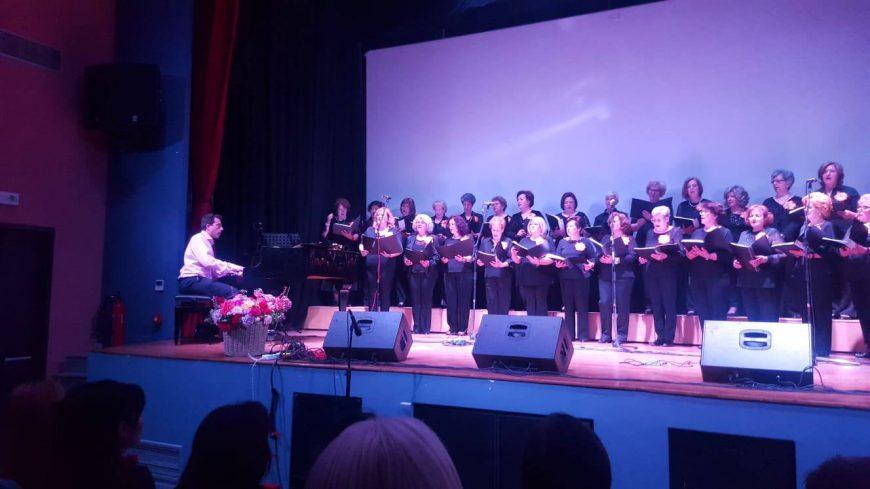 Η Δημοτική Χορωδία Ν.Τρίγλιας συμμετείχε στη Χορωδιακή Συνάντηση στη Λήμνο