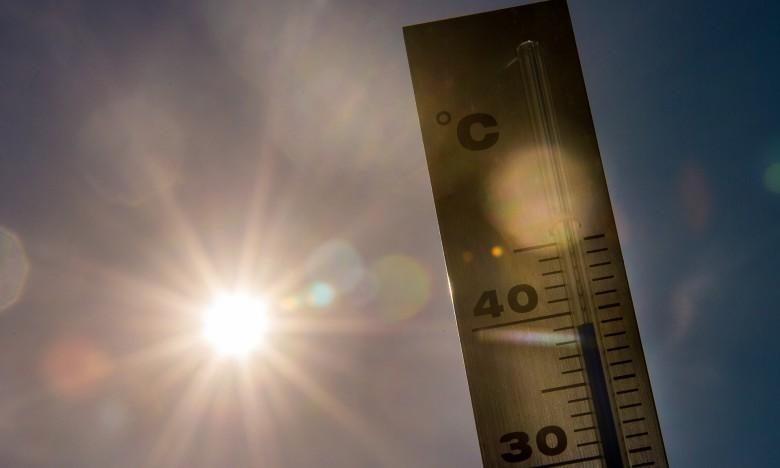 Οδηγίες προστασίας για την αντιμετώπιση κινδύνων από υψηλές θερμοκρασίες και καύσωνα