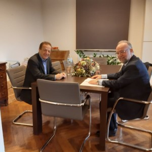 Συναντήσεις στην Αθήνα με κυβερνητικά στελέχη είχε ο Δήμαρχος Μαρωνείας-Σαπών