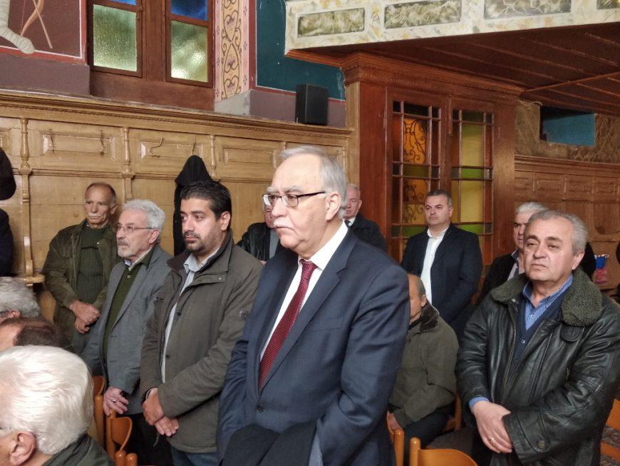 Με λαμπρότητα στα Καλάβρυτα τελέστηκε ο Πανηγυρικός Εσπερινός στον Ιερό Ναό του Αγίου Χαραλάμπους